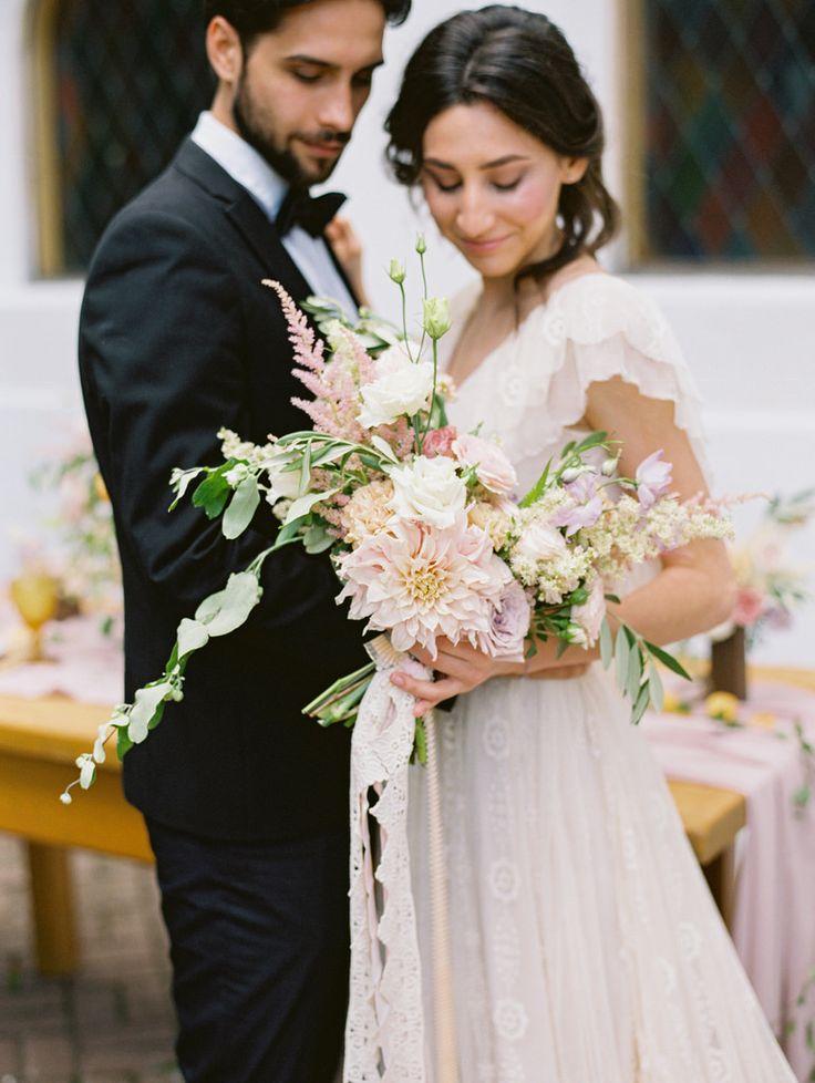 Spanish style wedding shoot | photo by Elena Pavlova | Fab Mood - UK wedding blog #weddinginspiration #styledshoot