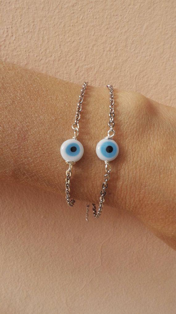 Evil eye bracelet. Dainty evil eye bracelet. Simple evil eye