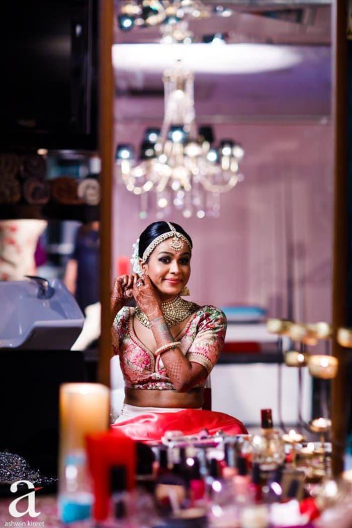 Jewellery - The Charming Bride! Photos, Christian Culture, Beige Color, Make Up, Mangtika, Antique Jewellery pictures, images, vendor credits - Sabyasachi Couture Pvt Ltd, WeddingPlz