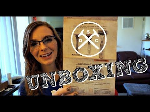 DOLLAR SHAVE CLUB SUBSCRIPTION BOX UNBOXING AND REVIEW