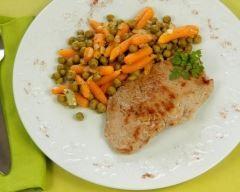 petits pois carottes : http://www.cuisineaz.com/recettes/petits-pois-carottes-11069.aspx