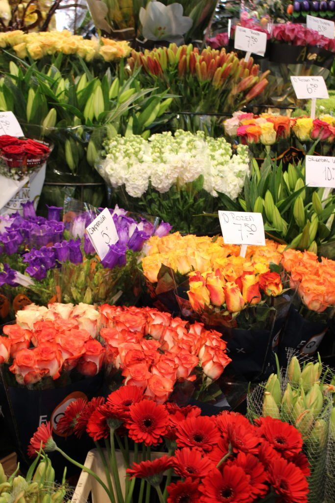 Bloemenmarkt: Amsterdam's Floating Flower Market
