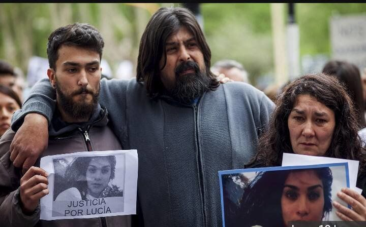 http://www.vivala.com/politics/black-wednesday-lucia-perez/6214/El Pais is reporting that Matias Gabriel Farias, 23, and Juan Pablo Offidani, 41, have been arrested for the death of Lucia Perez. The 16-year-old died after being kidnapped, drugged, sodomized, and raped. A third suspect is also in custody for allegedly attempting to cover up the crime./4
