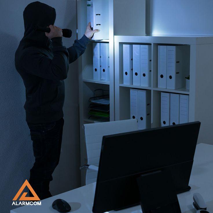Alarmcom Akıllı Güvenlik Sistemleri ile iş yerinizi hırsızlara karşı korursunuz.