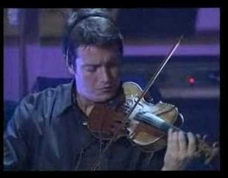 """Ed ecco la versione originale di """"Via del Campo"""", nell'ultimo concerto dal vivo di Faber"""