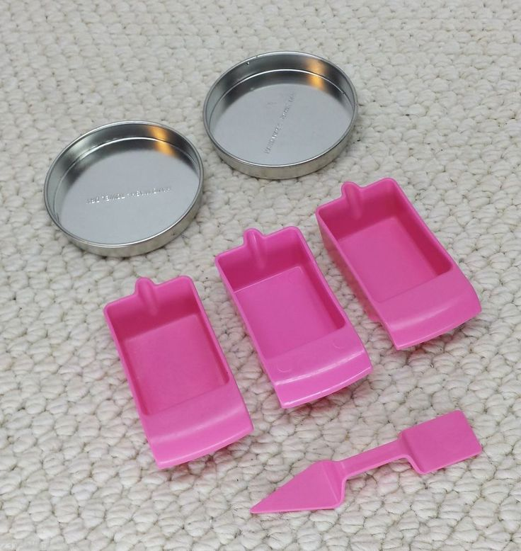 EASY BAKE OVEN Accessory LOT Circle PANs SPATULA Cups Replacement parts -1355 #Hasbro  $9.99