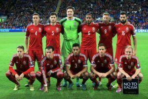 Setelah sukses mengukir sejarah dengan debut di ajang Piala Euro 2016 kemarin Wales kini fokus untuk melangkah ke putaran final piala Dunia. Petama mereka harus meraih tiga angka saat berhadapan dengan Moldova. Pertandingan bertajuk Kualifikasi piala Dunia 2018 Zona Eropa tersebut akan berlangsung di Cardiff City Stadium.  Wales tak hanya sekedar numpang lewat saat bermain di ajang Piala Euro 2016 kemarin meski kompetisi itu adalah turnamen Internasional pertama merkea namun Gareth Bale Cs…