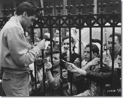 Elvis signing autographs on location King Creole. 2/3/5 or thursday 6th of January 1958