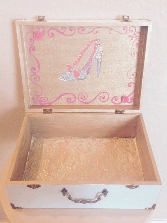 Hand Painted Marie Antoinette Jewelry Box by ShelbyMegArt on Etsy #shelbymegart #marieantoinette & 93 best s h e l b yu2022 m e gu2022 a r t images on Pinterest | Keepsake ... Aboutintivar.Com