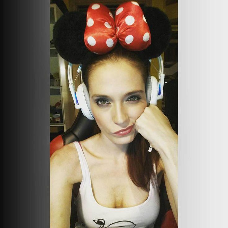"""""""ciao sono una SabriTopa con una super faccia intelligente!  #minnie #topa #crazy #love #summer #picoftheday"""""""