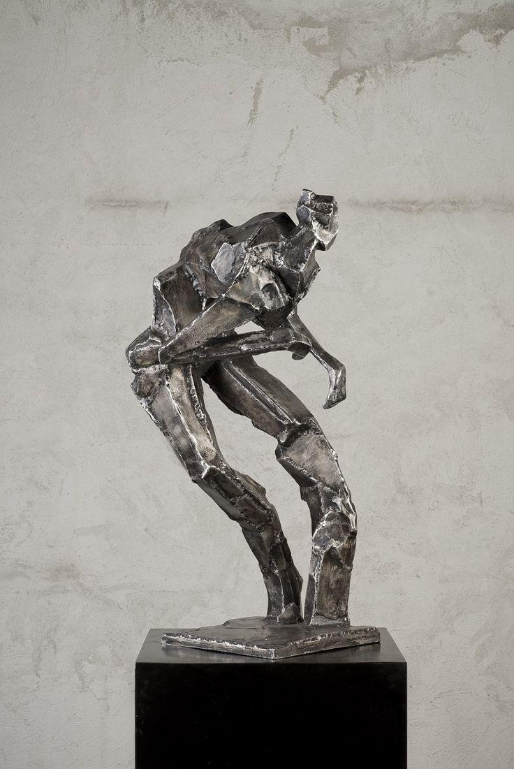 Mateusz Sikora, 102 Bez tytułu, 2013, stal nierdzewna spawana, 89 x 57 x 47 cm