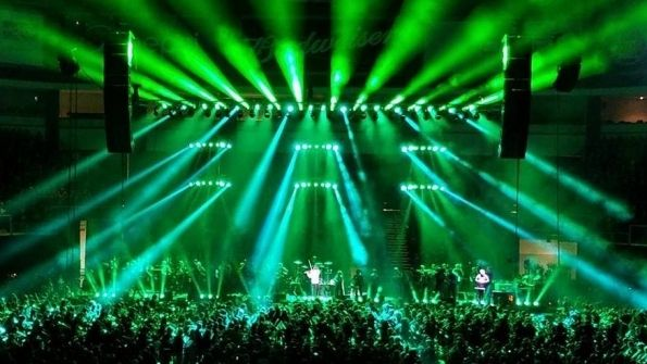 Chauvet Professional Underscores Educational Message At Mark Wood Holiday Concert | Briefing Room content from Live. Stage Lighting ... & 186 best Stage Lighting Design images on Pinterest | Stage lighting ...