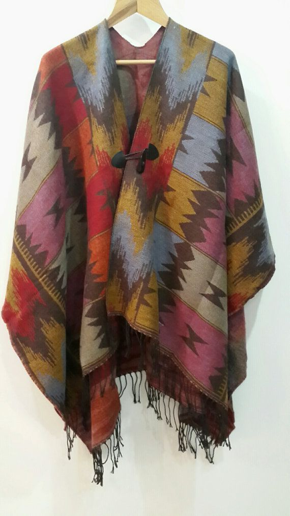 Chic women ponchos with traditional Turkish kilim by LAMEDORE