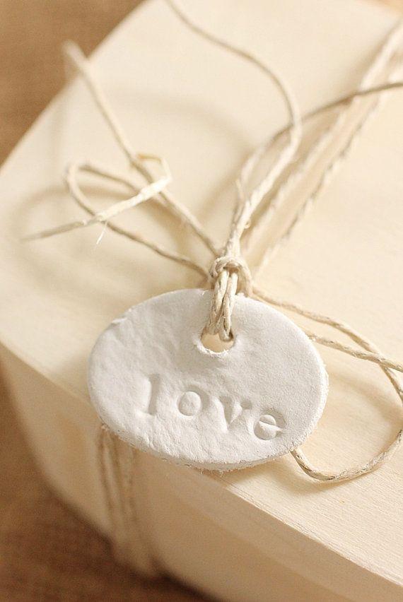 <3  gift tag
