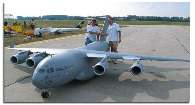 Google Image Result for http://www.hooked-on-rc-airplanes.com/images/giant-scale-rc-airplanes5.jpg
