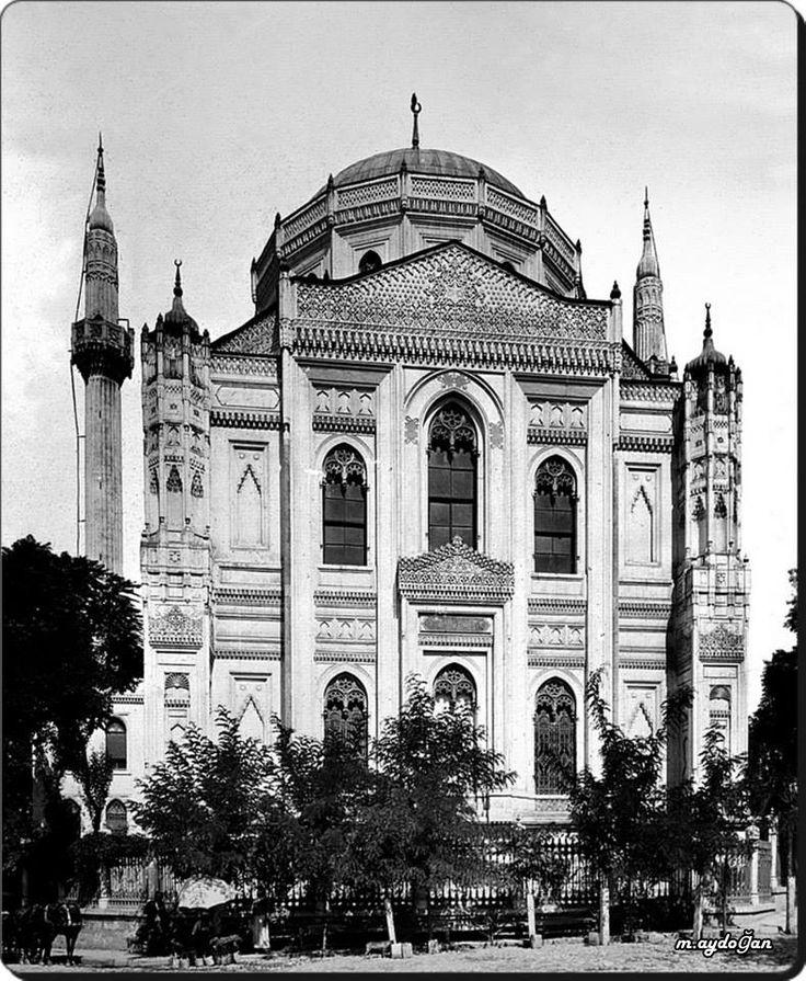 Aksaray / Pertevniyal Valide Sultan Camii - 1900'ler