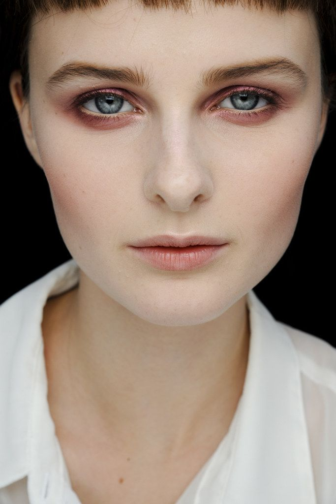John Galliano Spring 2012 Ready-to-Wear Fashion Show Beauty