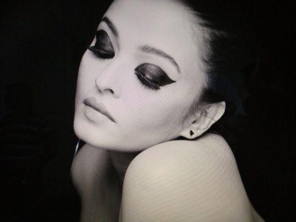Kajal Magique Eye Liner Print Ad - 2013.