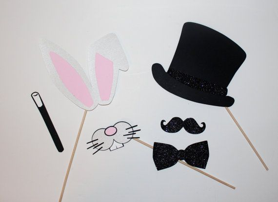 These magician and rabbit photo props would be really cute for a magic party, or even just some fun photos at home.