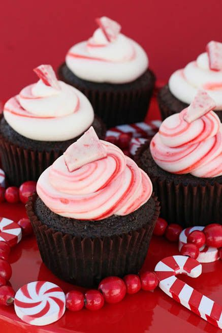 Chocolate Peppermint Christmas Cupcakes