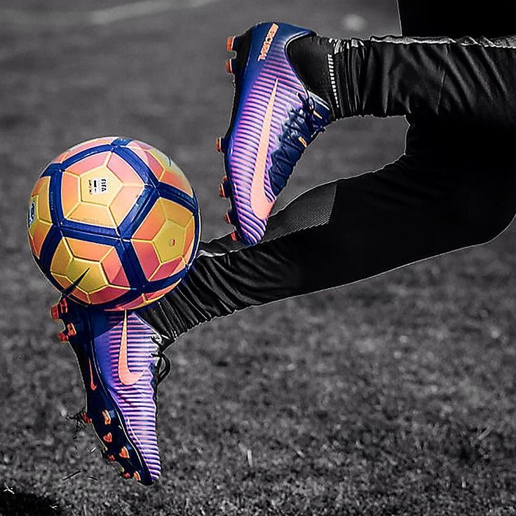 25+ Best Ideas About Soccer Photography On Pinterest