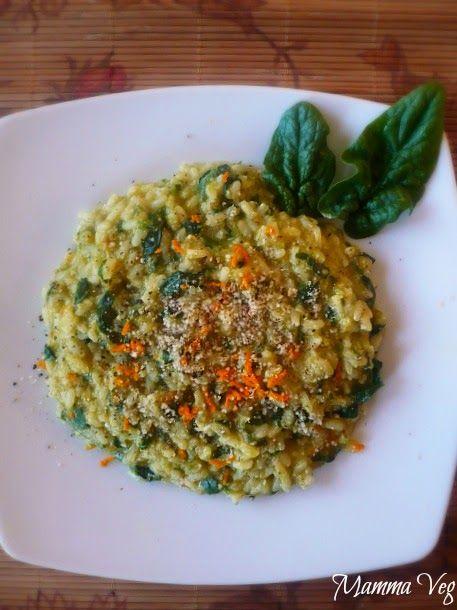 Mamma Veg: Risotto con spinaci, nocciole e curcuma fresca