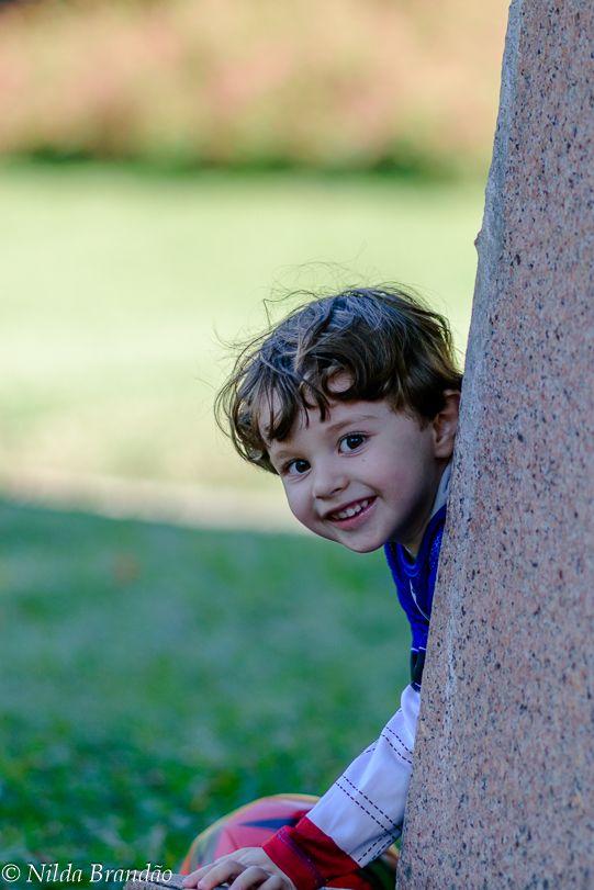 Fotografia de criança, book de criança, Menino, menina, ensaio infantil, book infantil, fotografia com fantasias, fantasia, brincadeiras de criança,menino,fotógrafa de criança, ar livre, foto externa, externa, , parque, fotos no parque, Nilda Brandão