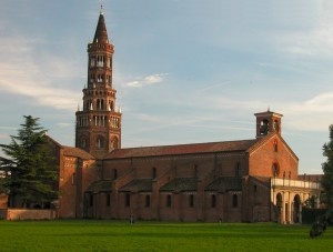 Abbazia di Chiaravalle  A beautifully-preserved medieval abbey still run by monks today, 7 km South of Milan