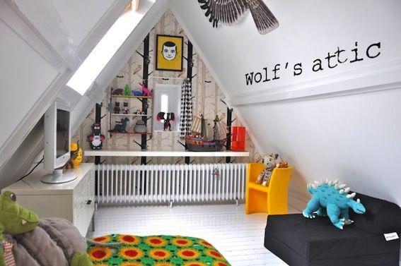 Une chambre sous les combles http://www.m-habitat.fr/par-pieces/chambre/amenager-une-chambre-sous-les-combles-2628_A #enfant