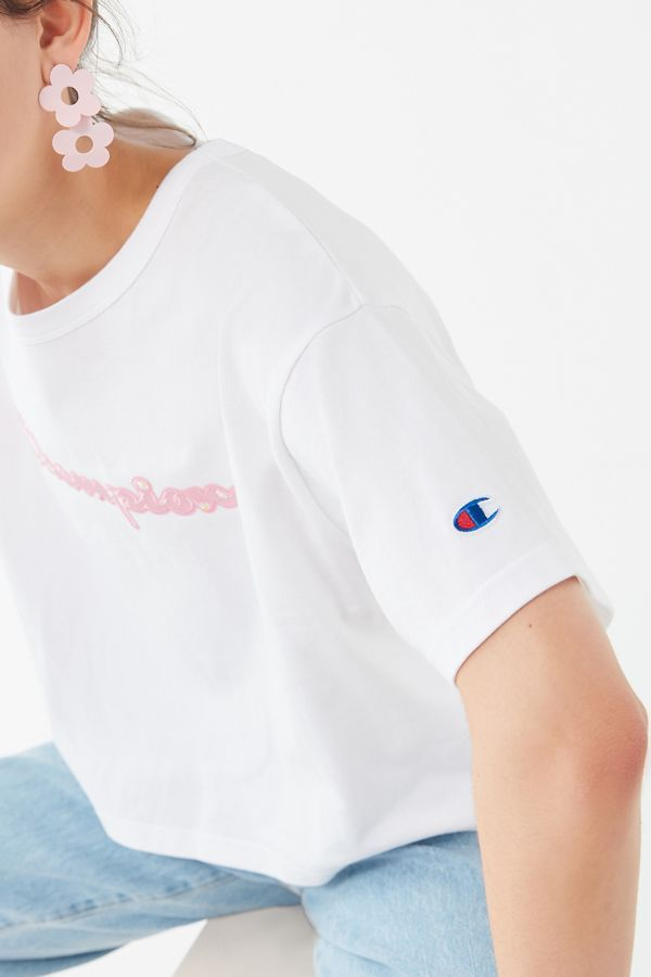 39d68086d4e712 Champion UO Exclusive Daisy Logo Tee in 2019