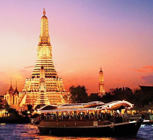 Chao Phraya River and Wat Arun Temple, Thailand