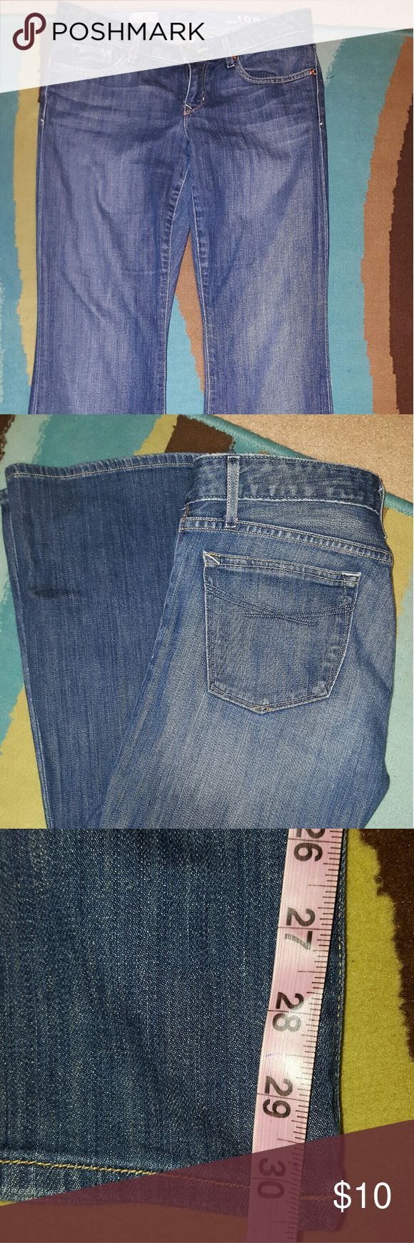 GAP CURVY JEANS SZ 27/4A GREAT CONDITION!! PLEASE FEEL FREE TO MAKE AN OFFER!! GAP Jeans Flare & Wide Leg