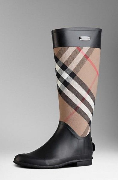 Collezione Stivali da Pioggia Burberry Hunter Gucci FOTO