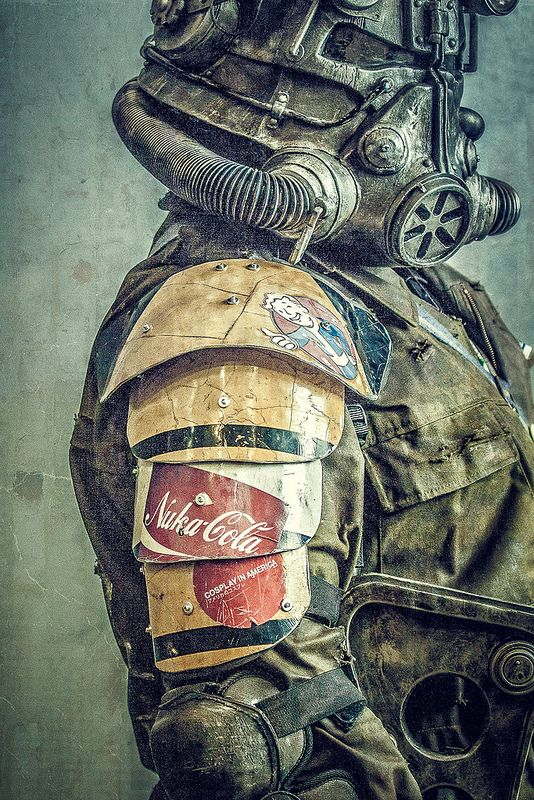 Dystopian Post-Apocalyptic Mecha Nomad Futuristic for cosplay ideas  Fallout, the texture on this is amazing