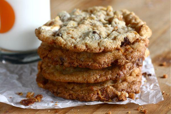 cornflake, marshmallow, chocolate chip cookies!!: Cornflake Cookies, Chocolate Chips, Marshmallows Cookies, Chocolates Chips Cookies, Cornflak Chocolates, Marshmallows Chocolates, Cookies Sound, Chips Cookies Yum, Chocolate Chip Cookies