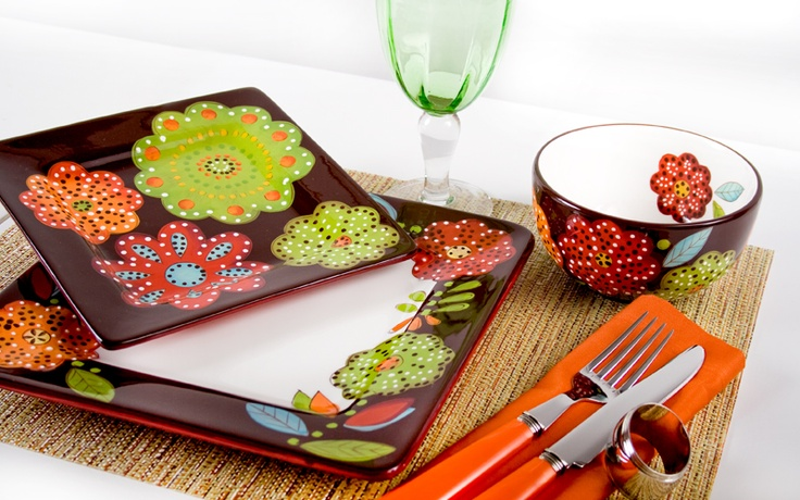 Laurie Gates dinnerware. Perfect!!