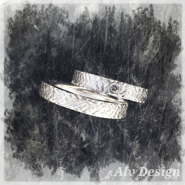 """""""Champagne colored diamonds for the new year... Design and work by Anneli Lindström at Alvdesign.se  #diamonds #champagne #handcrafted #jewelry #silver…"""""""