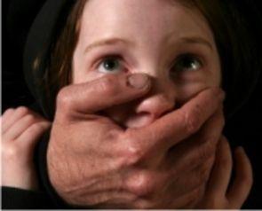 ΣΕΞΟΥΑΛΙΚΗ ΚΑΚΟΠΟΙΗΣΗ: Τι μπορούν να κάνουν γονείς, εκπαιδευτικοί, κοινωνία και παιδιά