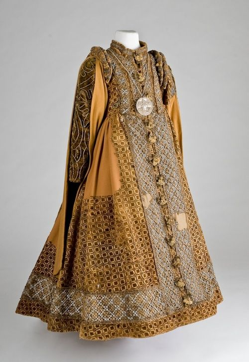 Burial dress of Countess Catherine Lippe, who died age 6, May 19, 1600.  From the Lippe Regional Museum