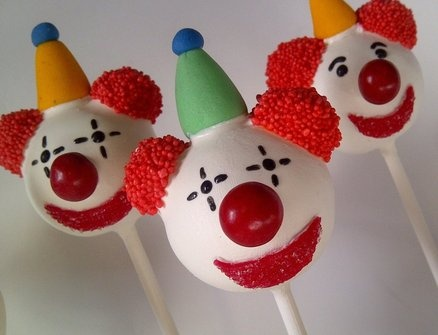Carnival cake pops  Cake by CreativeCakepops