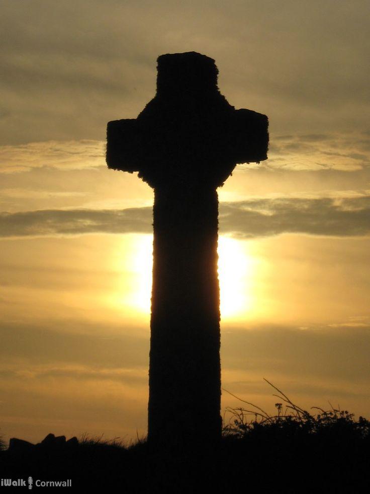 Celtic cross in Tintagel churchyard, Cornwall