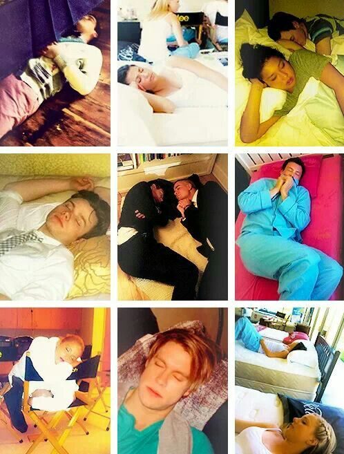 Sleeping on set, a story by the Glee cast ❤