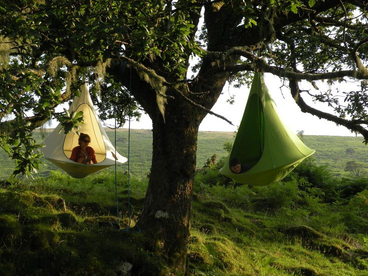 A hanging tent - yes please! Cacoon homesthetics swings by Loopee designs