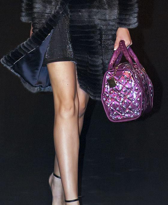 Crystal bag wine balloons at Caserta Fashion Awards www.federicalunello.com