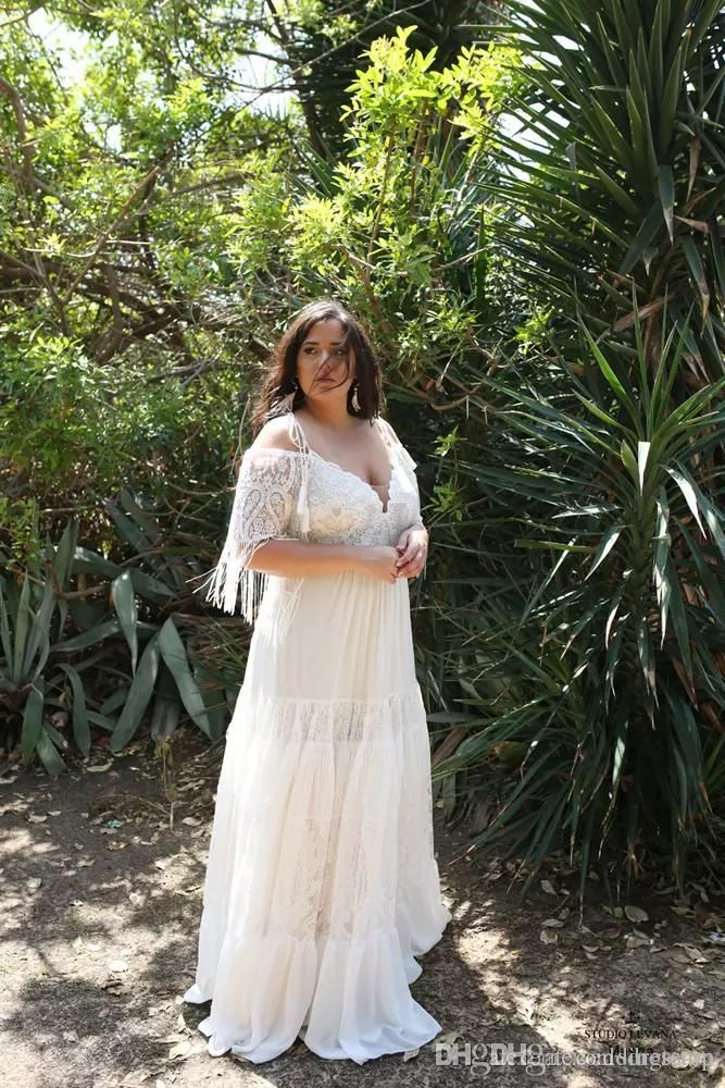 Bohemian Plus Size Beach Wedding Dresses