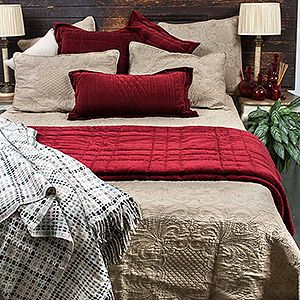 Quilts & Coverlets - Bedroom