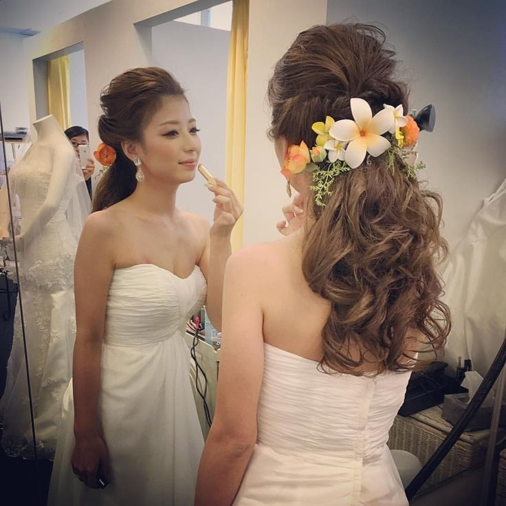 "167 Likes, 11 Comments - YORI (@bluelanikaistar) on Instagram: ""Cute bride ♡ #wedding #hawaiiwedding #weddinghair #bride #bridehair #arrangehair #hairartange…"""