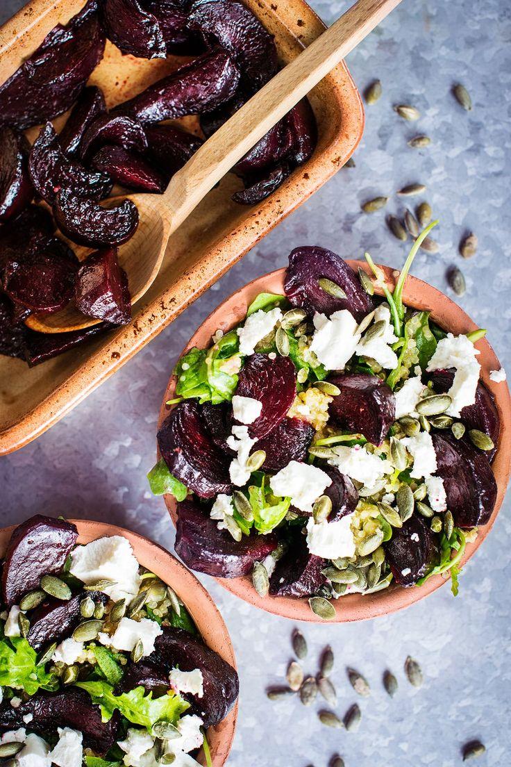 Nejste fandou salátů, protože po nich máte během chvíle zase hlad? Zkuste dnešní vyvážené kombinace a uvidíte, že i salát může zasytit a zároveň potěšit vaše chuťové pohárky!