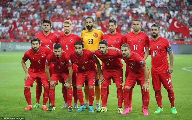 Prediksi Turki vs Kroasia, Laga Panas di Grup D Euro 2016 - http://www.rancahpost.co.id/20160656357/prediksi-turki-vs-kroasia-laga-panas-di-grup-d-euro-2016/