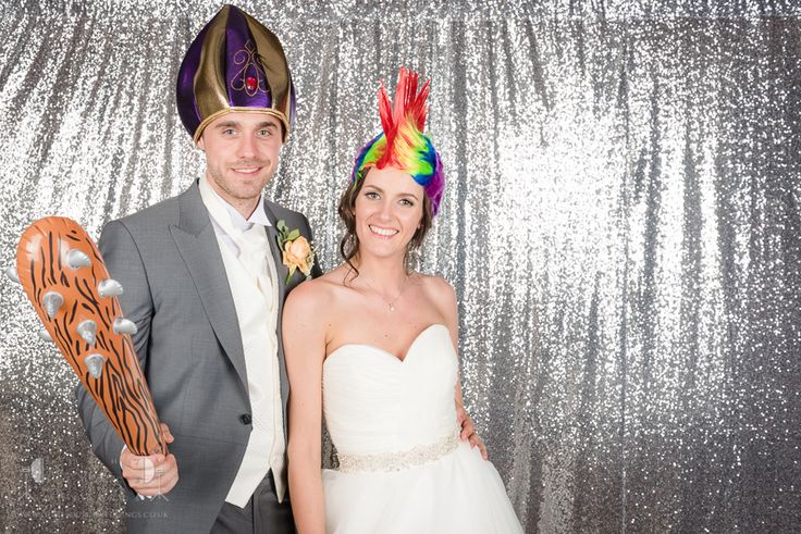Essex Wedding Photographer Ye Olde Plough House by Light Source Weddings #weddings #photography #venue #essex #weddingphotography #yeoldeploughhouse #lightsourceweddings #studiobooth
